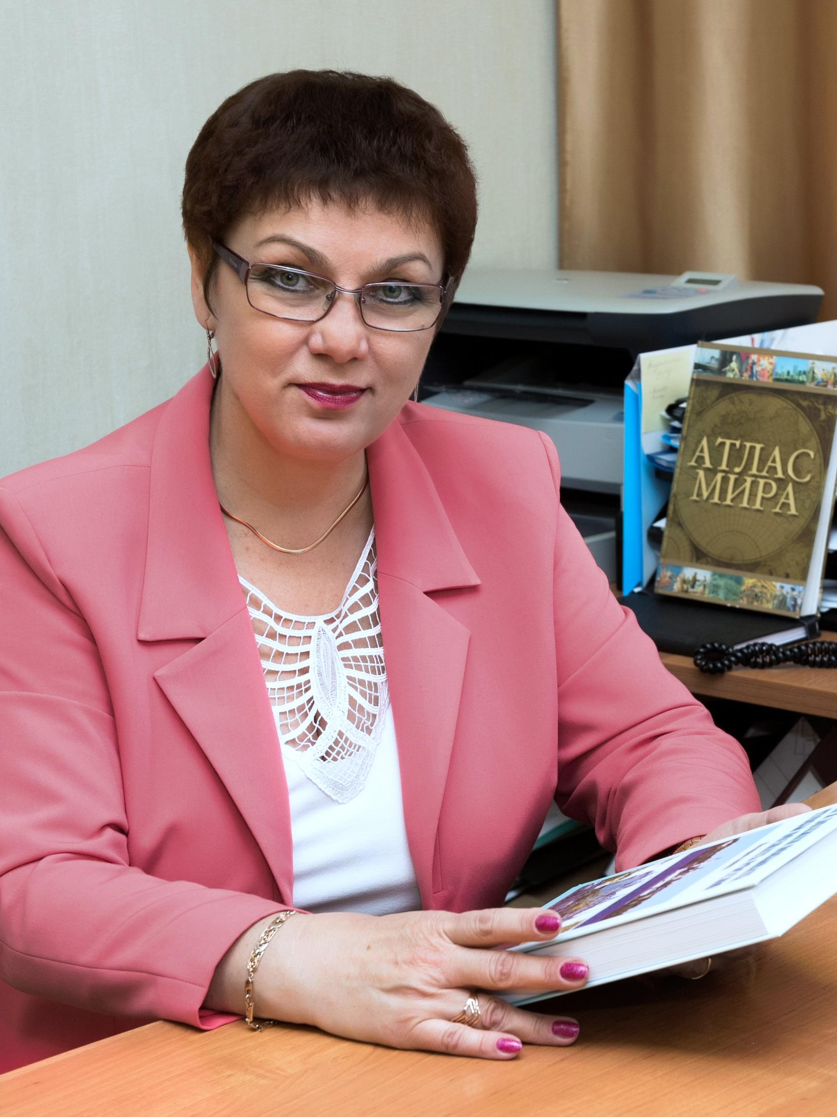 МАЖАР ЛАРИСА ЮРЬЕВНА - Проректор Смоленского Гуманитарного Университета